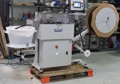 Machine de prédécoupe et coupe de joints 1.0